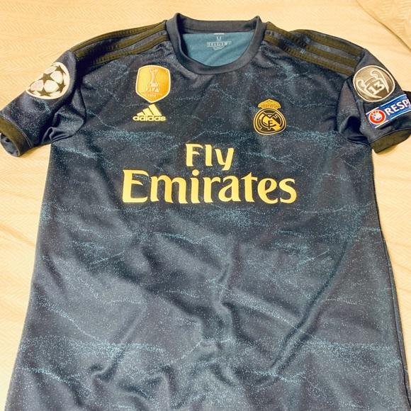 low price c0017 464ba Real Madrid 2019/2020 Away Kit